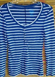 Old Navy Blue Creme Stripe Button T Sz S